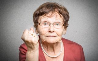 agresja u osoby starszej